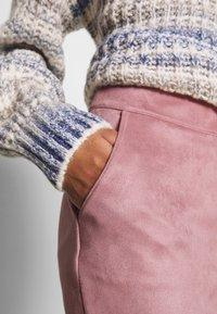 ONLY - ONLJULIE BONDED SKIRT - Mini skirt - adobe rose - 4
