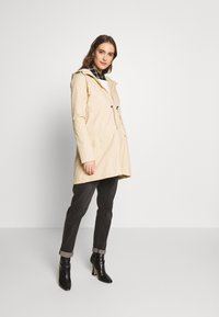 MAMALICIOUS - MLNANS CARRY ME - Parka - pebble - 1