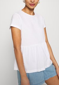 Anna Field Petite - Basic T-shirt - white - 5