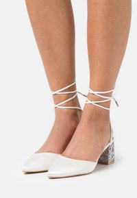 BEBO - HONOR - Classic heels - ivory - 0