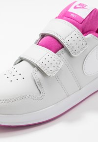 Nike Performance - PICO 5 UNISEX - Sports shoes - platinum tint/white/active fuchsia - 2