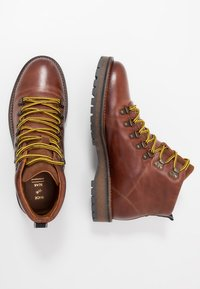 Shoe The Bear - LAWRENCE - Lace-up ankle boots - tan - 1