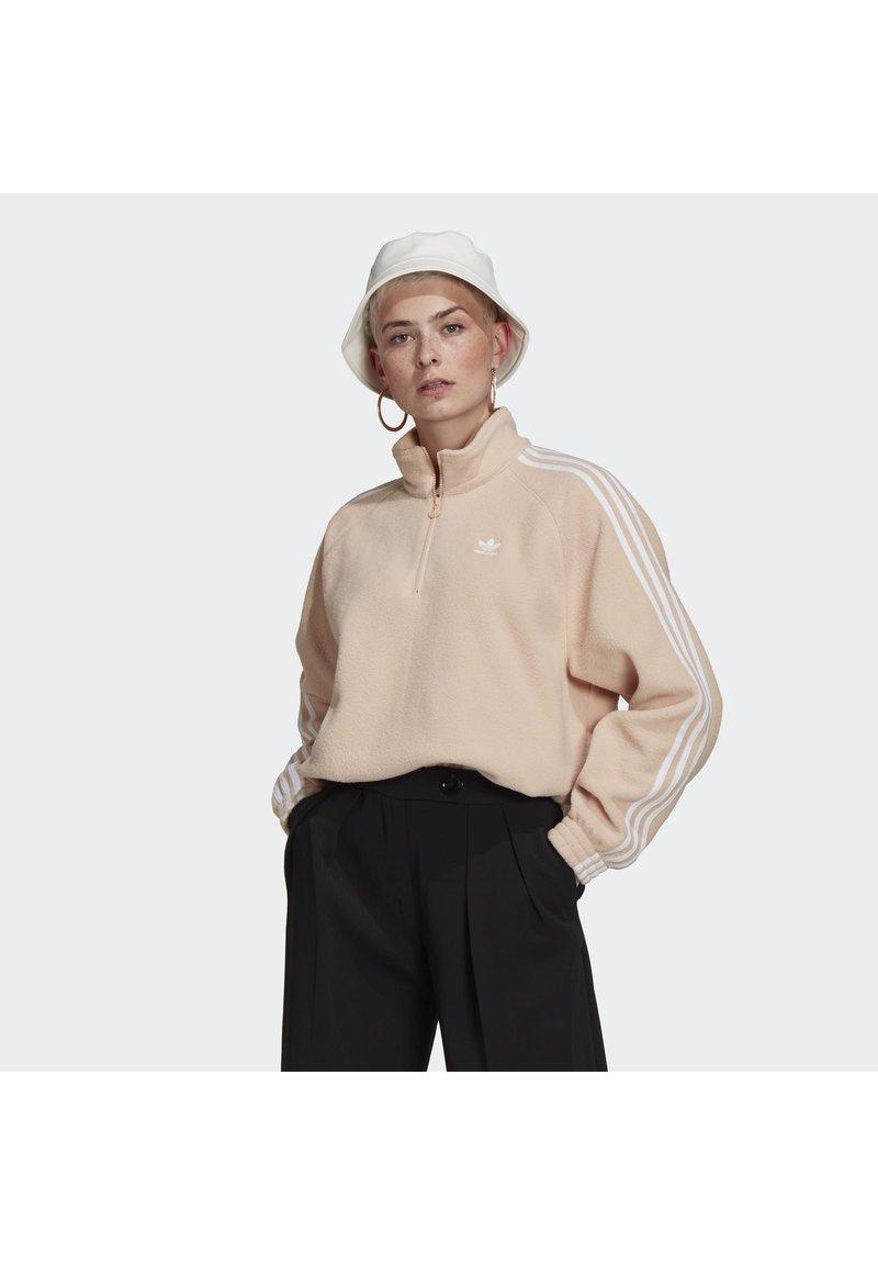 adidas Originals - FLEECE HZ - Fleece jumper - halo blush/white