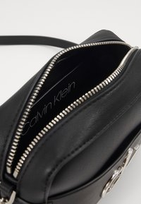Calvin Klein - CAMERA BAG - Borsa a tracolla - black - 3