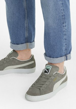 SUEDE CLASSIC - Trainers - steel gray-puma white