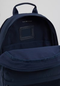 Tommy Hilfiger - KIDS BACKPACK - Reppu - blue - 5