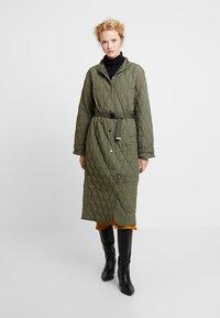 InWear - GURLI COAT - Zimní kabát - beetle green - 0