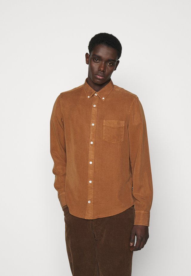 MANZA SLIM - Overhemd - canela brown