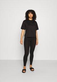KARL LAGERFELD - MERCERIZED LOGO  - Nachtwäsche Shirt - black - 1
