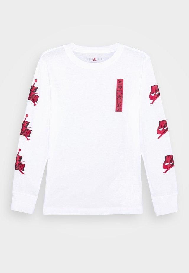 JUMPMAN CLASSICS - Long sleeved top - white