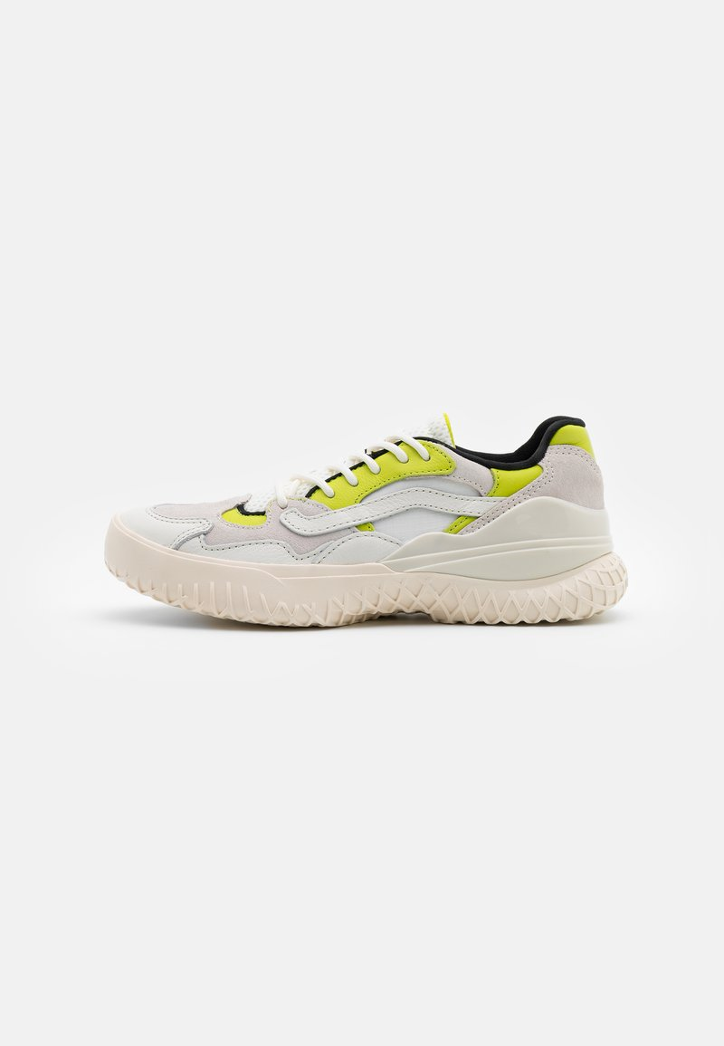 Vans - CITY  - Sneakers - marshmallow/lime