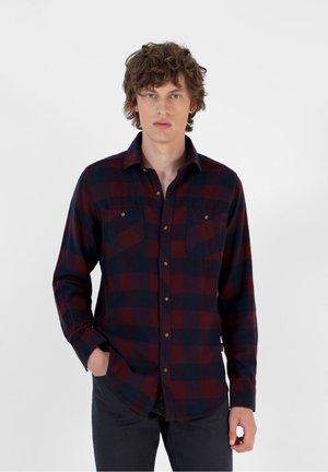 Shirt - burgundy check