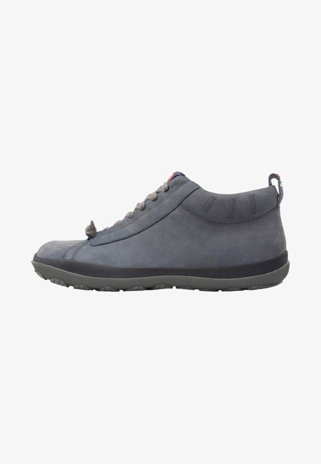 PEU PISTA  - Botines con cordones - grey