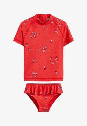 SUNSAFE SUIT - Swimsuit - red