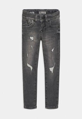 JULITA  - Slim fit jeans - lita wash
