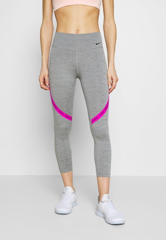 ONE CROP - Leggings - iron grey/fire pink/black