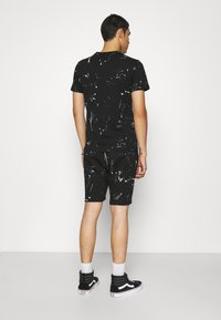 274 - WASHED TEE AND SHORT SET - Tracksuit bottoms - black - 2