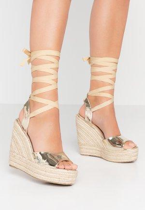 MARGARET - Sandály na vysokém podpatku - gold