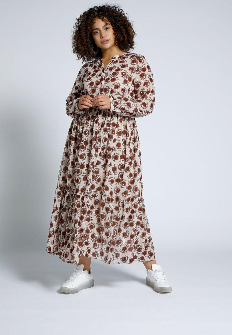 Studio Untold - Maxi dress - offwhite
