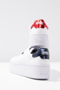 Tommy Jeans - ROXIE - Trainers - white - 7