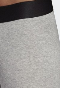 adidas Performance - MUST HAVES BADGE OF SPORT LEGGINGS - Legginsy - grey - 3