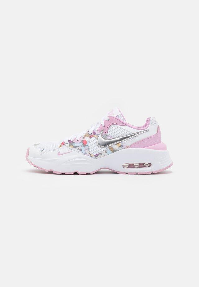 AIR MAX FUSION - Zapatillas - white/metallic silver/light arctic pink