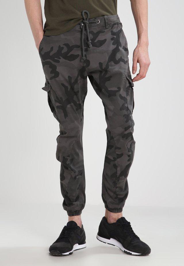 Kapsáče - grey camo