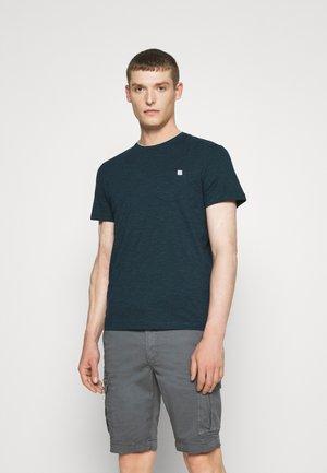 FINELINER WITH POCKET - Print T-shirt - dark green