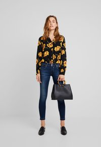 Herrlicher - TOUCH CROPPED - Jeans Skinny Fit - clean - 1