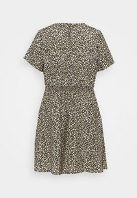 New Look Curves - FLO ANIMAL DRESS - Day dress - black - 7