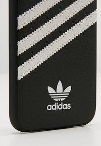 adidas Originals - MOULDED CASE FOR IPHONE 6/6S/7/8 - Etui na telefon - black/white - 2