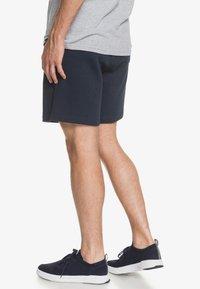 Quiksilver - ESSENTIALS  - Shorts - navy blazer - 2