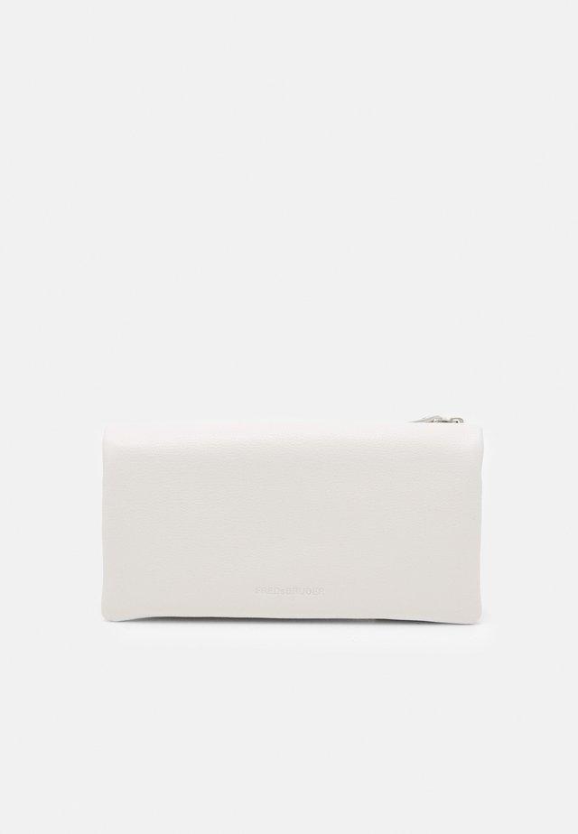 BIG 2-IN-1 - Wallet - light cream