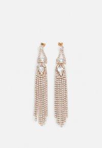 PCEMILIA EARRINGS - Earrings - gold color