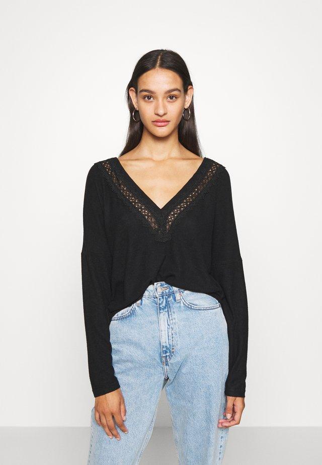 ONLMAYEA LIFE - Pullover - black