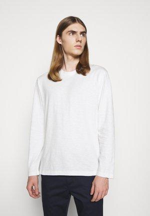 LONGSLEEVE - Long sleeved top - ivory
