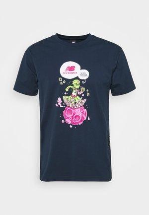 ATHLETICS ARTIST - Print T-shirt - blue