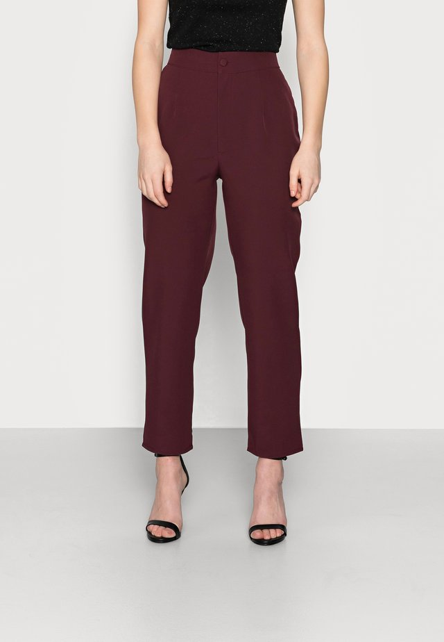 TAILORED CIGARETTE TROUSER - Broek - plum