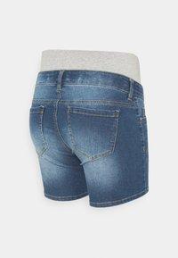 Pieces Maternity - PCMLILA  - Denim shorts - medium blue denim - 1