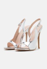 BEBO - BRISA - Sandály na vysokém podpatku - silver - 2