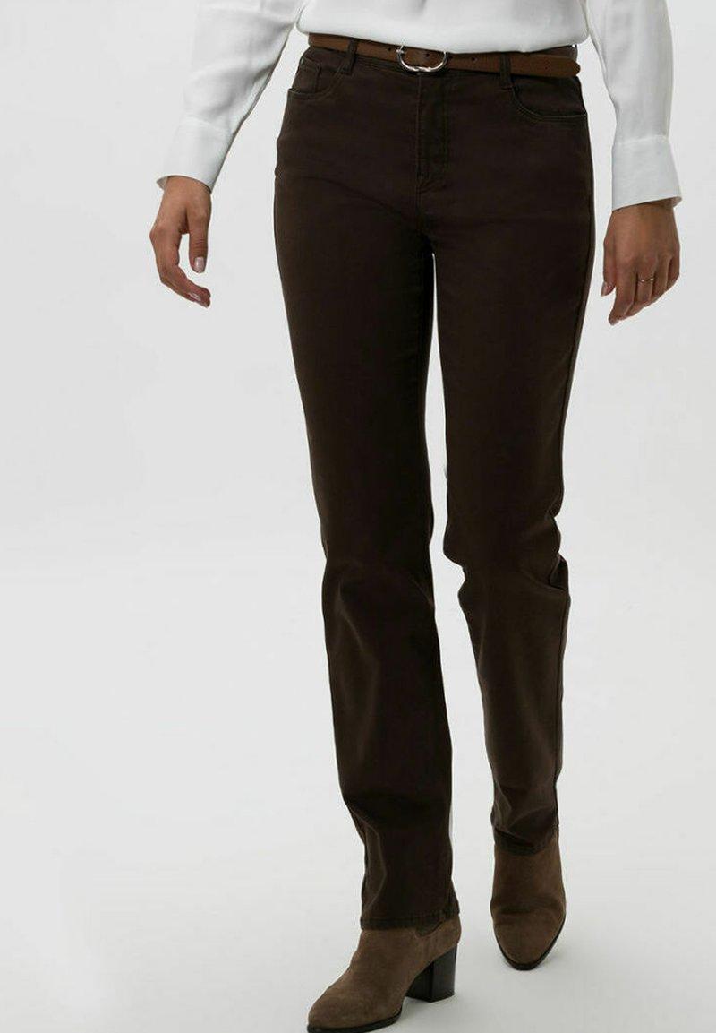 BRAX - STYLE MARY - Trousers - dark chocolate