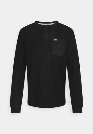 POCKET HENLEY - Long sleeved top - black