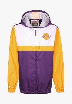 Club wear - purple