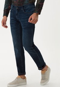 BRAX - STYLE CHUCK - Jeans Skinny Fit - night blue used - 0