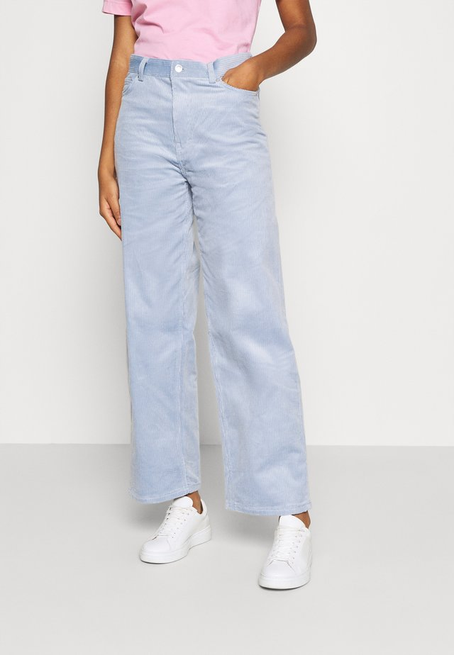 LASHES TROUSERS - Pantalon classique - light blue