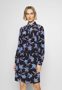 Marc Cain - Shirt dress - blau - 0