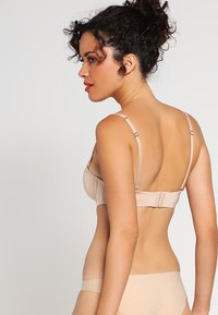 Esprit - BROOME - Multiway / Strapless bra - softskin - 2
