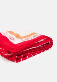 Calvin Klein - SCARF - Foulard - red - 1
