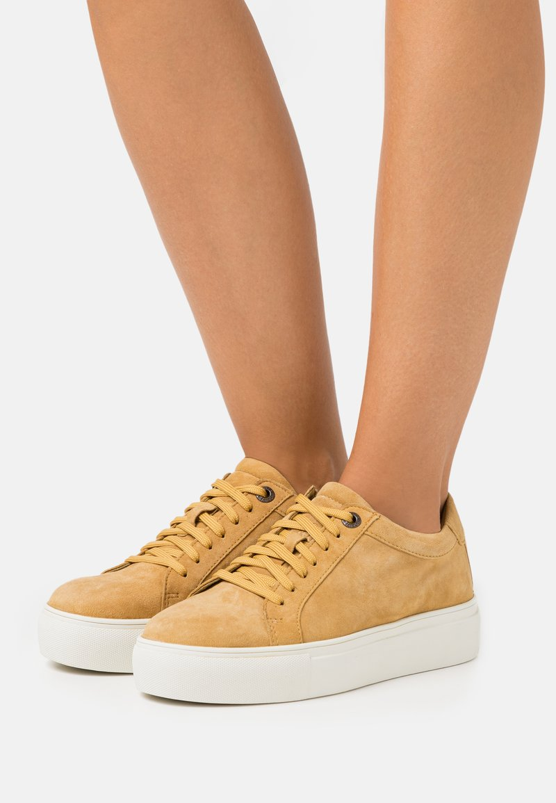 s.Oliver - Trainers - mustard