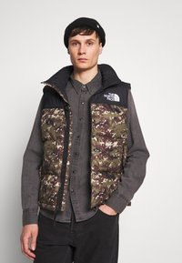 The North Face - 1996 RETRO NUPTSE VEST UNISEX - Smanicato - olive - 0